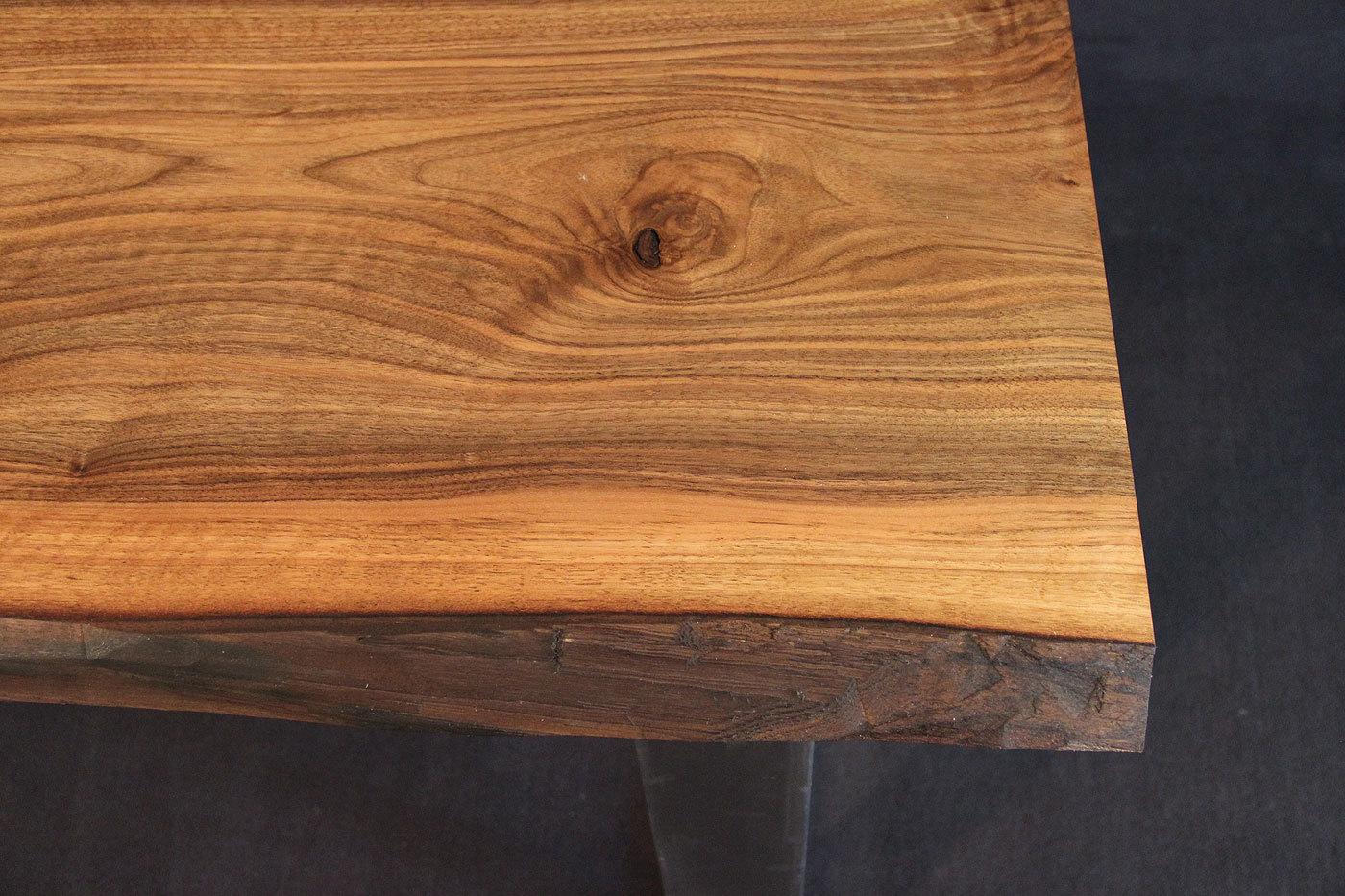 Tischplatte Massivholz Baumkante ~ Tischplatte mit Baumkante Massivholz Kaukasischer Nussbaum AB mit