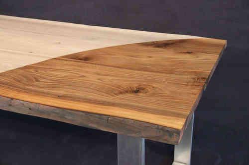 tischplatte mit baumkante massivholz kaukasischer nussbaum a b mit splint dl 40 2200 1100. Black Bedroom Furniture Sets. Home Design Ideas