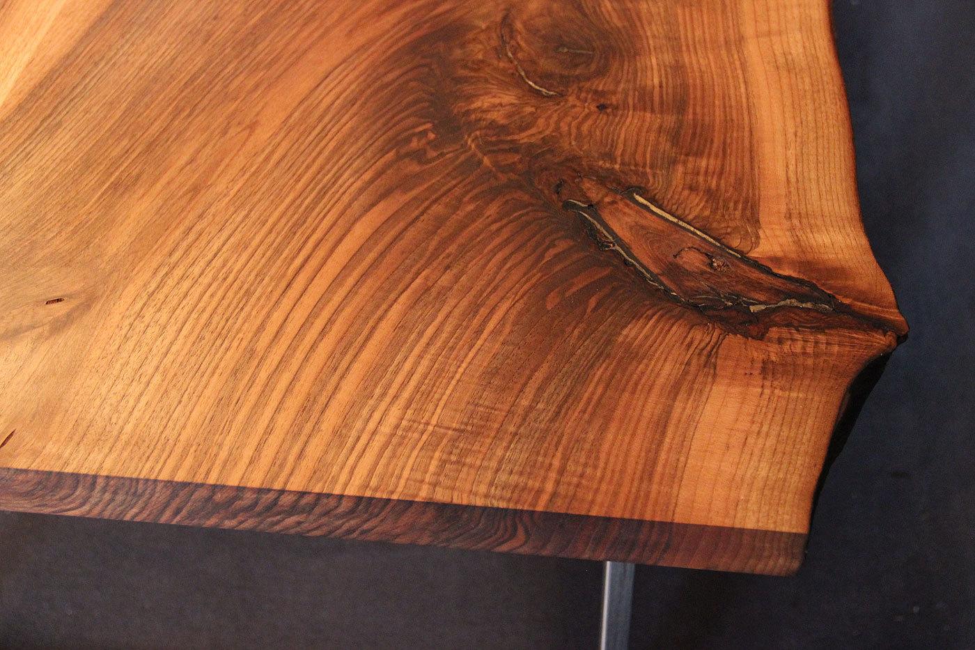 tischplatte mit baumkante massivholz kaukasischer nussbaum rustikal mit splint dl 40 2000 1000. Black Bedroom Furniture Sets. Home Design Ideas