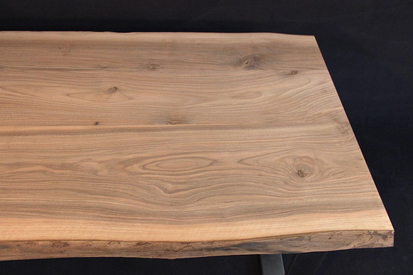 Massivholzplatte Mit Baumkante : tischplatte mit baumkante massivholz kaukasischer nussbaum a b mit splint dl 40 2000 1000 ~ Markanthonyermac.com Haus und Dekorationen